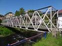 Ocelová lávka pro pěší přes Odru ve městě Odry.