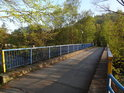 Silniční most přes Odru u Panny Marie ve skále pohledem z pravého břehu.