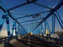 Most Brdowski slouží především k průmyslovým účelům, Západní Odra, Szczecin.